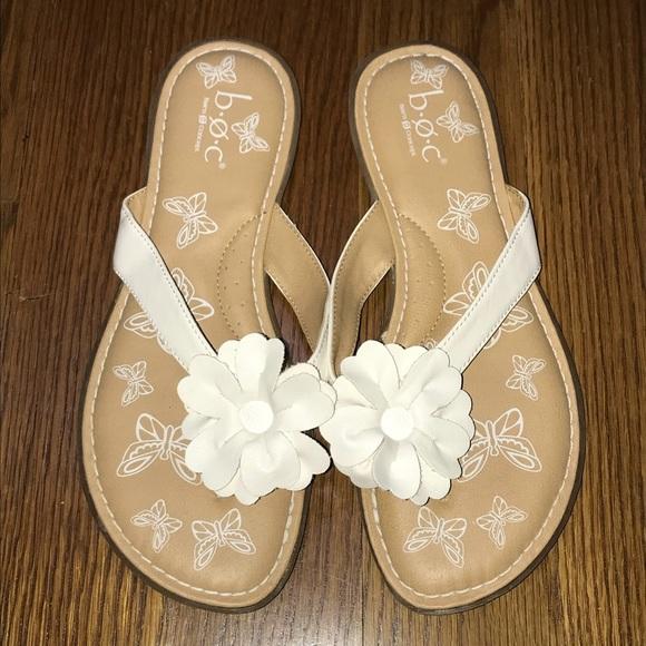 58c81821afb b.o.c. Shoes - b.o.c. White Flower Sandals Women s Size 5